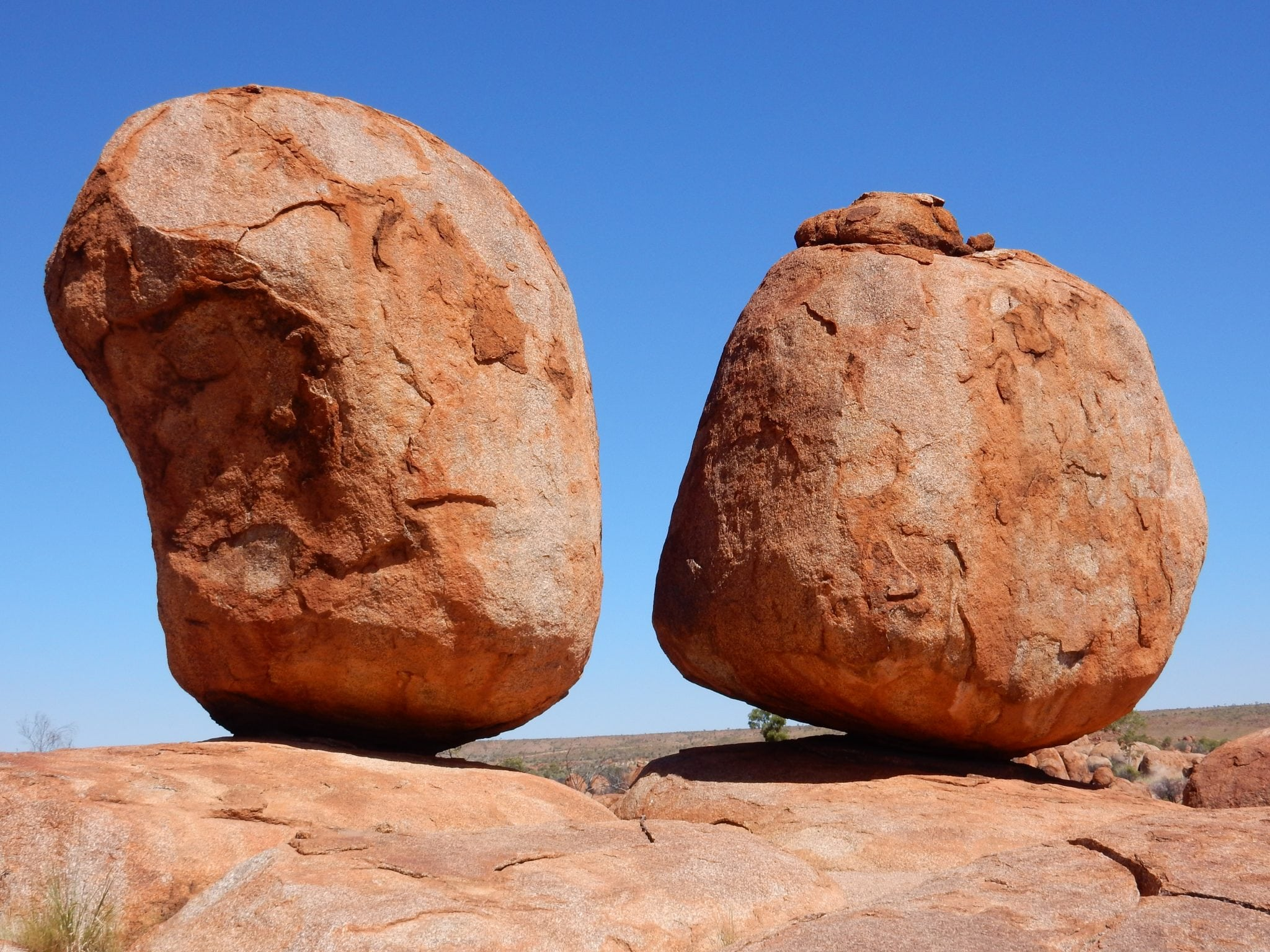the devils marbles the eggs of the mythical rainbow. Black Bedroom Furniture Sets. Home Design Ideas